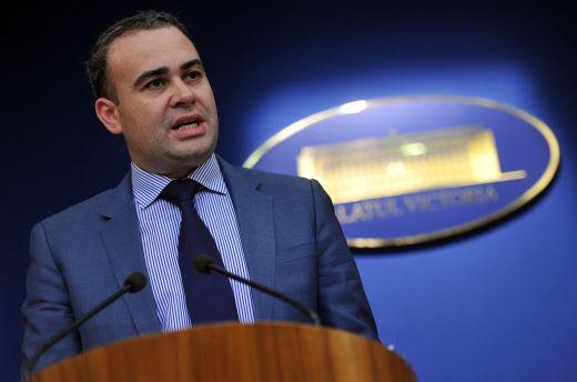 Бившият финансов министър на Румъния Дариус Вълков беше осъден на осем години затвор по обвинения в търговия с влияние